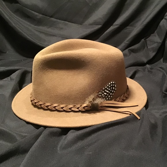 740cd6e91a Goorin Bros Other - Goorin Bros western hat wool felt light brown